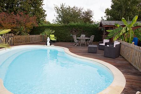 terrasse piscine chaudet paysage